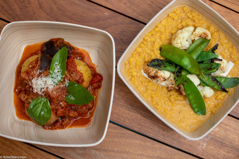 vecafe ibiza, Gobi Masala and Nonna Margherita